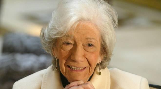 Ana María Matute (Premio Cervantes) [Con Mari Paz Ortuño]