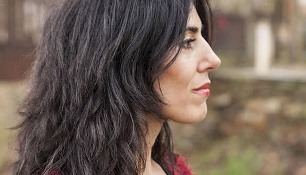 Raquel Lanseros | Entrevista en Letras y Notas por Eva Santamaría