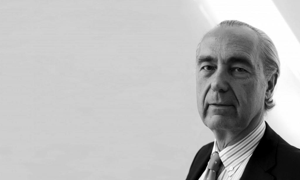 Luis Alberto de Cuenca | Entrevista en Letras y Notas por Eva Santamaría
