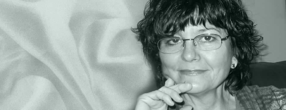 Ángeles Mora | Entrevista en Letras y Notas por Eva Santamaría