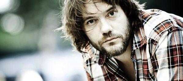 Luis Ramiro (Cantautor, músico, poeta)