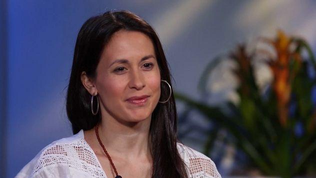 Lara Bello | Entrevista en Letras y Notas por Eva Santamaría