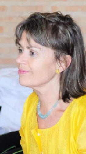 Eladia Martínez y la Felicidad y la muerte dentro de la vida y el recuerdo de una conversación sosegada y tú y yo…